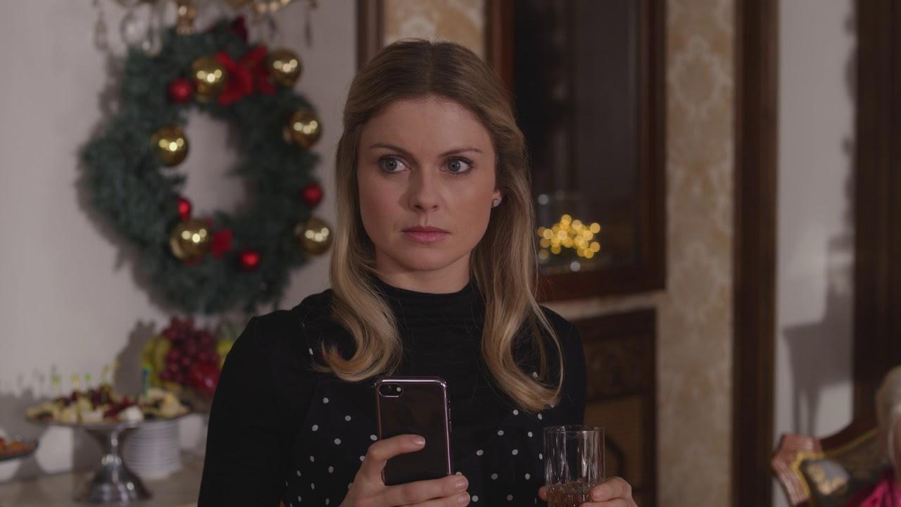 A Christmas Prince Emily.A Christmas Prince 2017 Amber Princess Emily Bonds