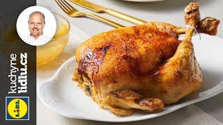Pečené kuře nadívané kuskusem  s jablečným kompotem - Roman Paulus - RECEPTY KUCHYNĚ LIDLU