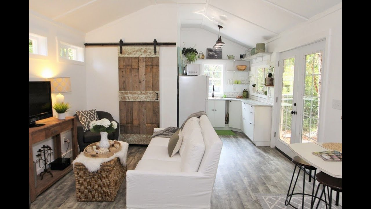 Gorgeous Tiny House Doesn't Feel So Tiny - YouTube on leaf house on wheels, flat pack house on wheels, 2 story house on wheels,