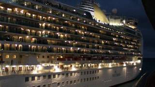 Cruise Ship Horn Battle at St Maarten, Carribean