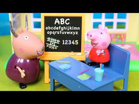 PEPPA PIG 👩🏫 Peppa aprende el abecedario con huevos sorpresa