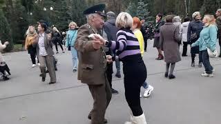А первое слово дороже второго!!!Танцы в парке Горького!!!Харьков 2021