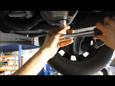 VideoTutorial HD | Cambio Aceite + Filtros Citroen C4 1.6 HDI 9HZ 2ª Parte
