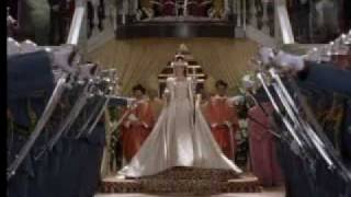 Crowning Queen Of Genovia - Princess Diaries 2