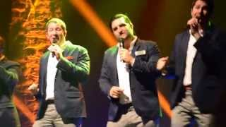 "Straight No Chaser ~ ""Lion Sleeps Tonight"""