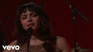 Norah Jones - Little Broken Hearts (Live)