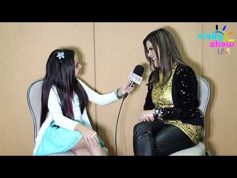 ANA PAULA VALADAO - DIANTE DO TRONO - VICKY SHOW USA INTERVIEW 2013