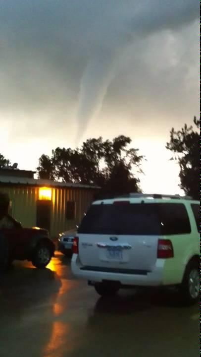 'He said run! and we ran': Iowa tornado ravages Marshalltown downtown. State ...