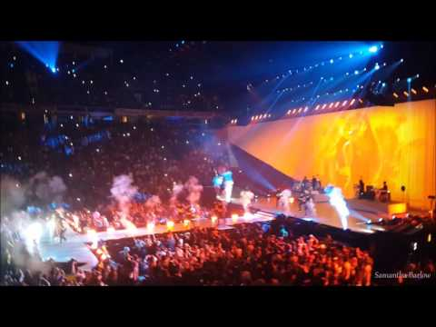 Ariana Grande - Into You (HD) Manchester...