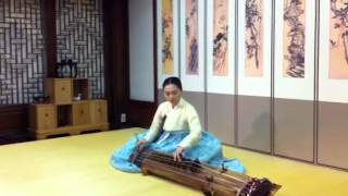 Video Korean Bass Instrument Gayageum download MP3, 3GP, MP4, WEBM, AVI, FLV November 2017