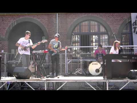 Concert SPARK (Festival des talents SJD) 21.05.2011 Thirteen Senses-Into the fire