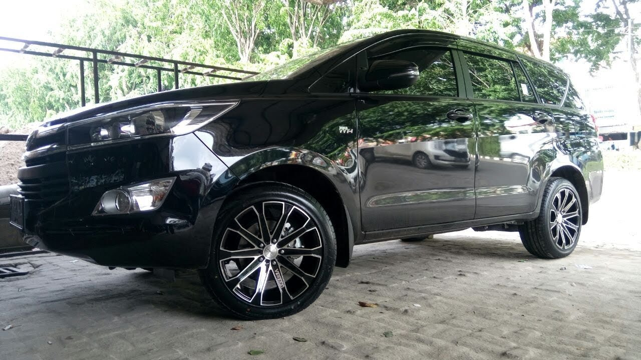 Modifikasi New Innova Reborn Using Velg Venerdi Mobil Jaman Now