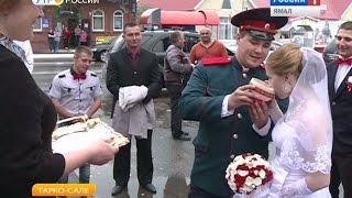 В Тарко-Сале отметили свадьбу по казачьим традициям