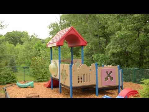 Miniapple International Montessori Schools - 780 Helmo Ave N Oakdale, Mn 55128