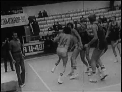 Техника основных приемов нападения в баскетболе
