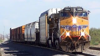 Freight Trains Passing - Fast and Loud