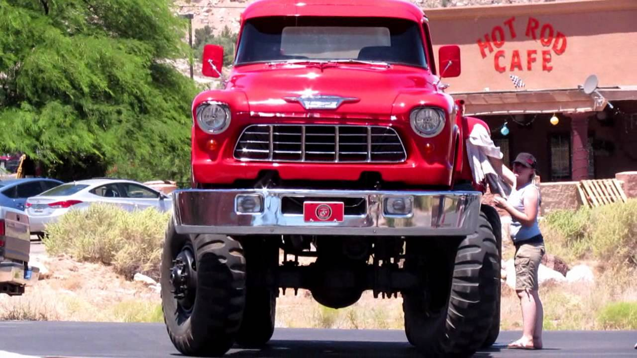 CHEVY 4400 MONSTER TRUCK getting a WASH - YouTube