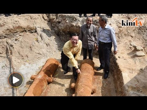 Archaeologist discovers 200-year-old cannons at Penang's Fort Cornwallis
