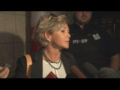 Senators respond to Don Meredith