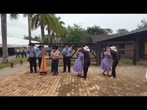 Colombian dancers in Villavicencio