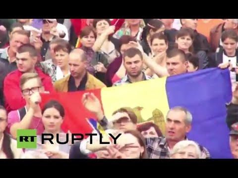 LIVE: Anti-government protests continue in Chisinau