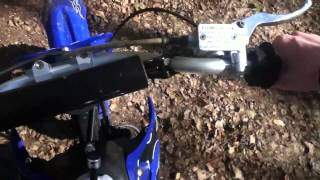125cc pit bike revving