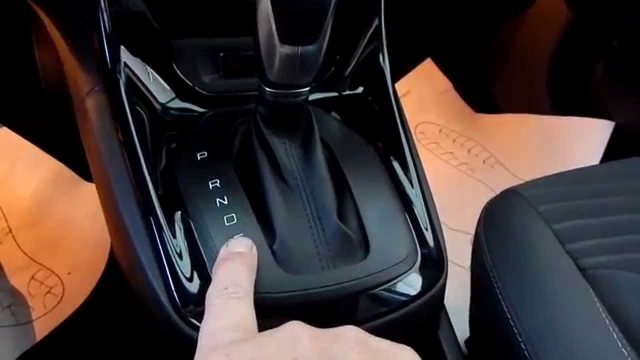 Тест-драйв Ford Fiesta sedan 2015