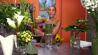 How to Make Tall Centerpieces : Wedding Flowers & Centerpieces(Subscribe Now: http://www.youtube.com/subscription_center?add_user=ehowweddings Watch More: http://www.youtube.com/ehowweddings Making tall ..., 2013-10-21T19:02:01.000Z)