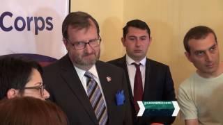 Խաղաղության կորպուսի նոր խմբի կամավորները հայերենով երդվեցին