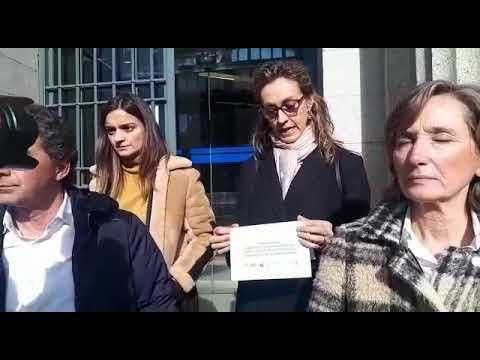 Lectura del manifiesto por la huelga de jueces y fiscales en Lugo