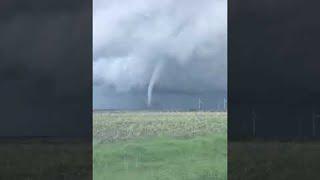 Tornado Captured in Sabetha || ViralHog