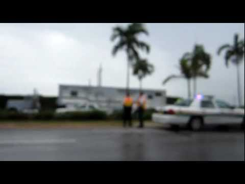 Blurry video of the plane that crashed on Sheridan street in Hollywood / Pembroke Pines, Florida