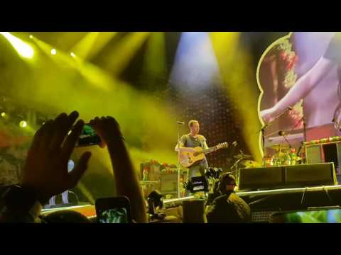 Yellow - Coldplay in Abu Dhabi (New Years Eve)