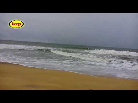Natural Relaxing Sea Sound - Beautiful Arabian sea and the waves roaring.....!   Prabhakar K Nair
