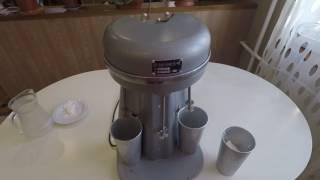 КАК СДЕЛАТЬ НАСТОЯЩИЙ СОВЕТСКИЙ МОЛОЧНЫЙ КОКТЕЙЛЬ МИКСЕР ВОРОНЕЖ 2  Triple Milk Shake USSR