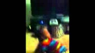 Akira dancing lol.3gp