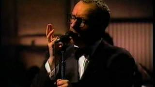 I Just Dont Know What To Do - Elvis Costello