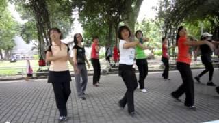Video YI JIAN ZHONG QING (一見鍾情) - line dance (BM Leong) download MP3, 3GP, MP4, WEBM, AVI, FLV Agustus 2017