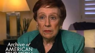 "Jean Stapleton discusses getting cast on ""All in the Family"" - EMMYTVLEGENDS.ORG"