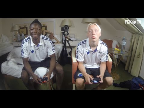 Se VM-finalen i FIFA 14: Amankwaa vs Aaquist from YouTube · Duration:  5 minutes 21 seconds