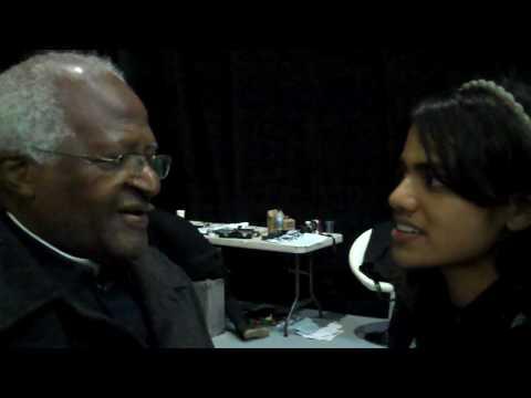 Archbishop Desmond Tutu advises Kenyan delegate