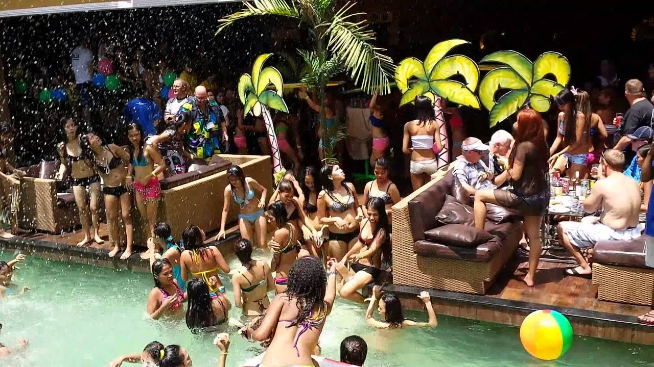 2014 End Of The Summer Abc Exclusive Pool Party Youtube