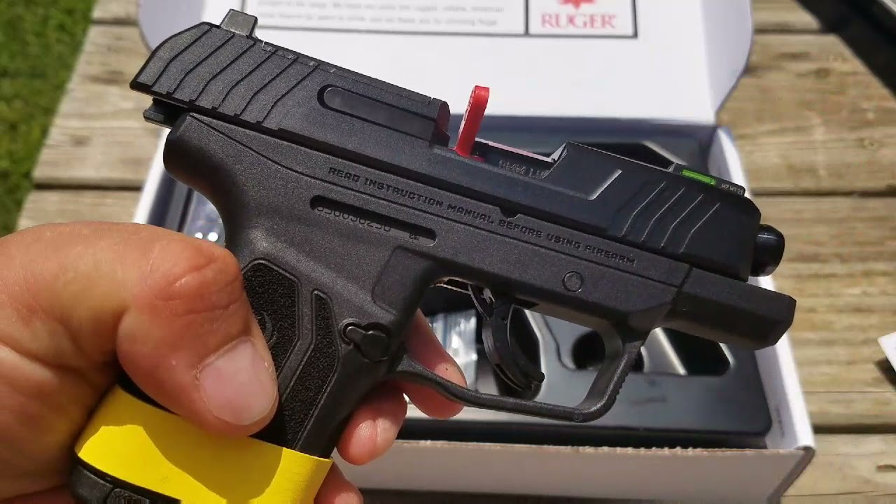 Ruger Max-9 Pro Subcompact 9mmTable Top Review.