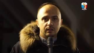 Hymn V Synodu Diecezji Tarnowskiej - wywiad z kompozytorem Sebastianem Szymańskim i członkami chóru