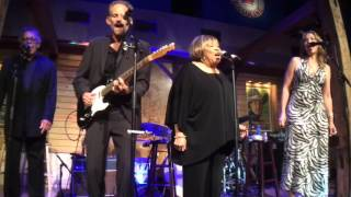 Mavis Staples and Joan Osborne covering The Weight by The Band