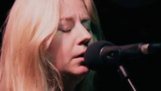 Joanne Shaw Taylor - Wild Is The Wind (Planet Rock Live Session)