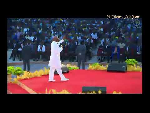 Bishop Oyedepo Replies politician & daddy freeze