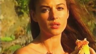 Repeat youtube video Monica Bellucci Backstage Calendario Max 1999