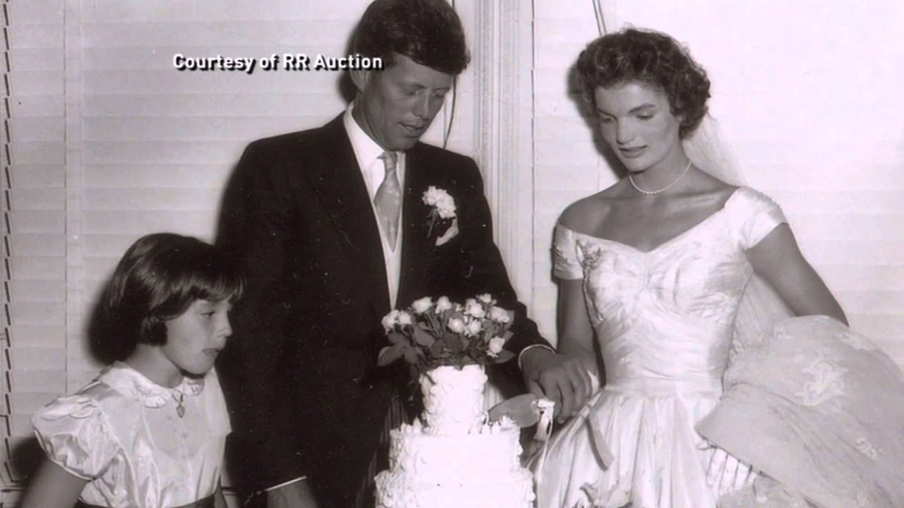 Unseen photos of john and jacqueline kennedys wedding at rr unseen photos of john and jacqueline kennedys wedding at rr auction junglespirit Choice Image