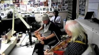 "Mark Olson performs ""Many Colored Kite"" live at 91.3, WUKY - Lexington, KY"